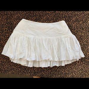 Abercrombie white mini skirt - so cute!